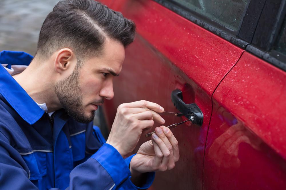 Conseils pour changer la serrure d'une portière d'une voiture